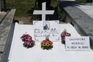 La tomba di Salvatore Morelli a Pozzuoli