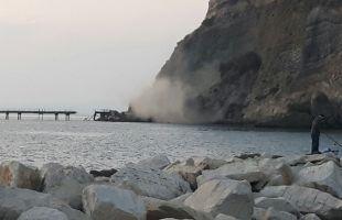 Frana il costone sull'isolotto di San Martino per le piogge di questi giorni