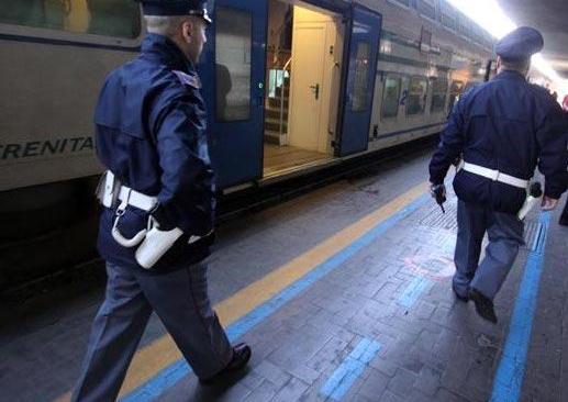 Rapine sul treno Campi Flegrei-Caserta: arrestati tre giovanissimi