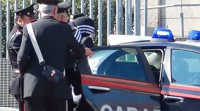 Da Scampia a Varcaturo per rubare nella centrale dell'Enel: arrestato