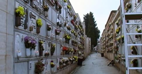 POZZUOLI/ Figliolia chiude cimitero e parchi pubblici per l'allerta meteo