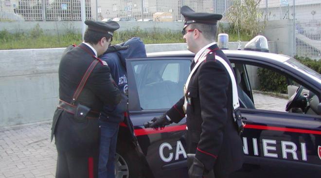 POZZUOLI/ Un 32enne evade i domiciliari, sorpreso a Licola e arrestato