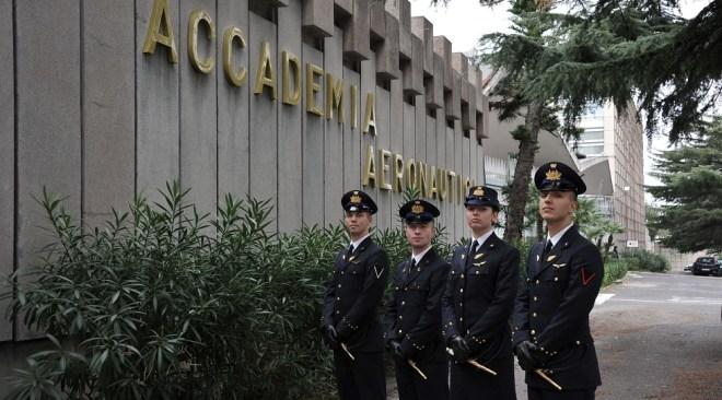 POZZUOLI/ Il 31 gennaio Open Day all'Accademia Aeronautica