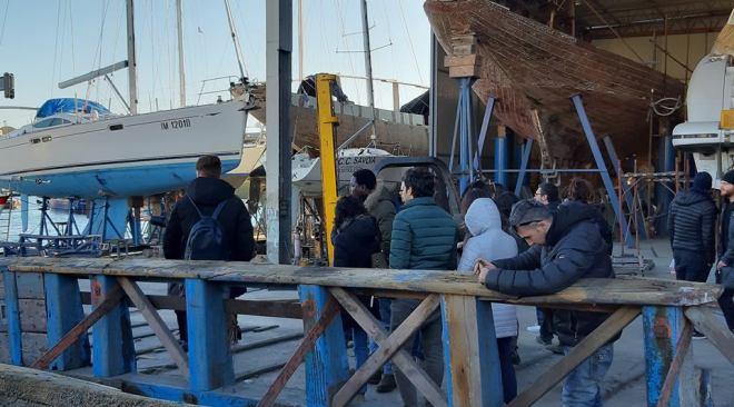 BAIA/ Gli allievi della Fondazione Banco Napoli in visita ai cantieri