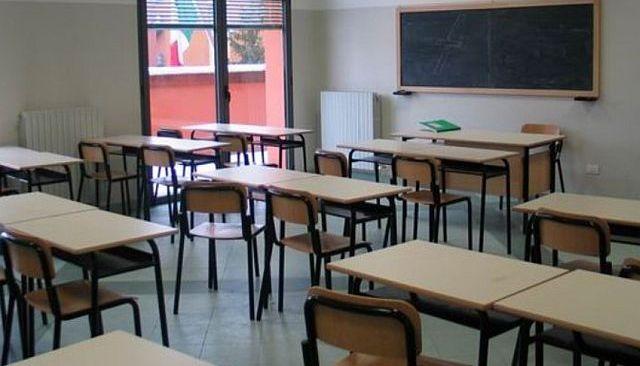 MONTE DI PROCIDA/ Niente lezioni domani, il sindaco firma la chiusura