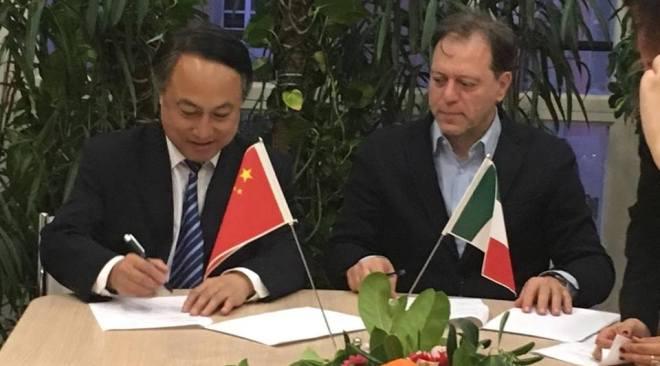 Campi Flegrei, Giulierini firma convenzione con la Cultural Heritage della Cina