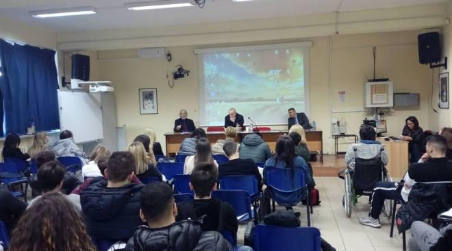 POZZUOLI/ L'Europa si avvicina ai cittadini: inaugurato al Pareto il Centro di consultazione territoriale