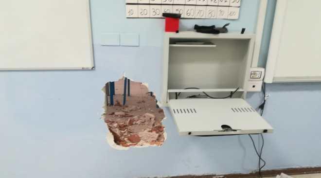 """POZZUOLI/ """"Ottimo il lavoro dei carabinieri, il danno per gli alunni rimane: le scuole diventino presidi di legalità"""""""