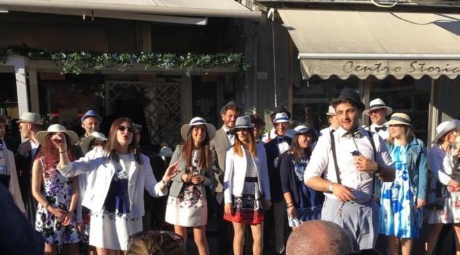 POZZUOLI/ Primo Maggio in piazza della Repubblica tra musica e letture
