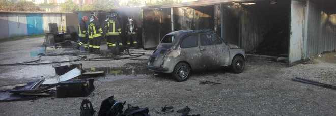 BACOLI/ Individuato dai Carabinieri l'autore dell'incendio di ieri mattina in via Risorgimento