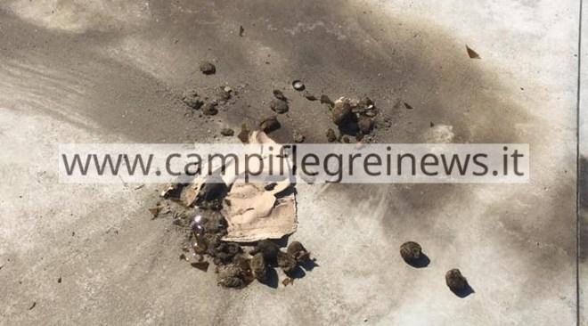 BACOLI/ Atto vandalico ai danni del nuovo pontile di Torregaveta|FOTO