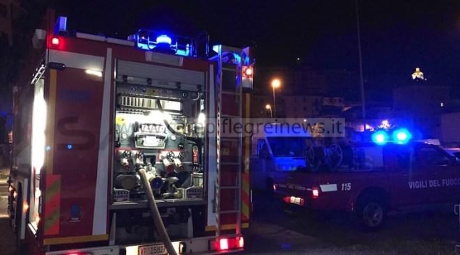 ULTIMORA/ Tragedia sfiorata a Monterusciello, incendio distrugge appartamento al Lotto 9