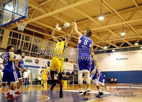 Basket: La Virtus, per Tommasello, potrebbe essere la squadra rivelazione della B di quest'anno