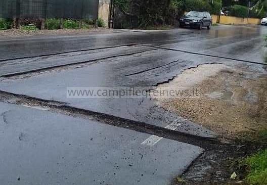 QUARTO/ Via Marmolito, strada pericolosissima: si aspetta che ci scappi il morto?
