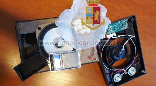 PIANURA/ Cocaina e un bilancino nascosti in una cassa stereo, arrestato un 35enne