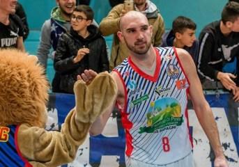 Basket – Colpo grosso in casa Virtus Pozzuoli: arriva il centro ucraino Kushchev e c'è la riconferma di Lurini