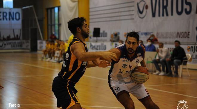 Basket: la Virtus Pozzuoli tiene testa a Salerno, ma il 75-71 fa sfuggire per un soffio la vittoria