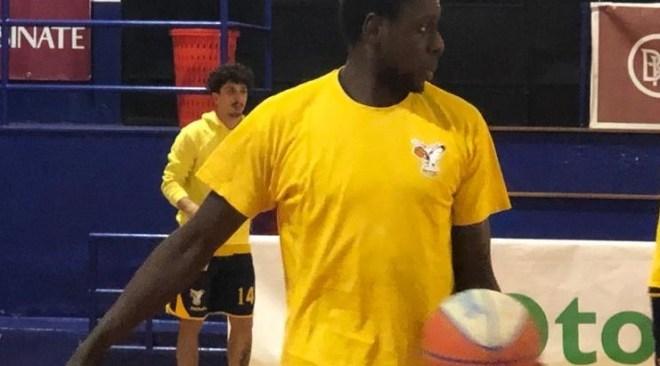Basket – La Virtus Pozzuoli soffre a Cassino, pagata a caro prezzo l'assenza di Savoldelli