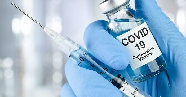 Covid, Al via anche nell'area flegrea le vaccinazioni senza prenotazioni per gli over 80