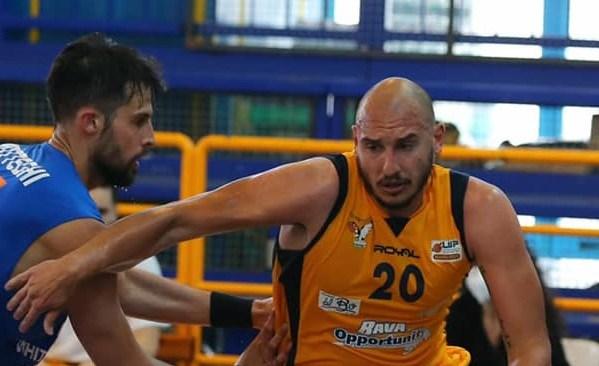 Basket| La Virtus Pozzuoli perde gara tre, Monopoli vince 73-64 sfruttando il fattore campo