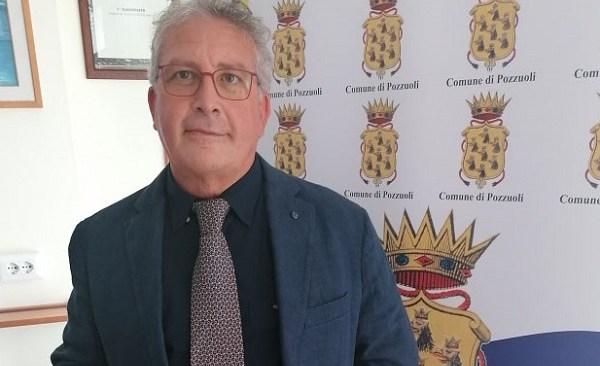 Figliolia nomina il nuovo assessore all'istruzione: è il professore Antonio Minieri