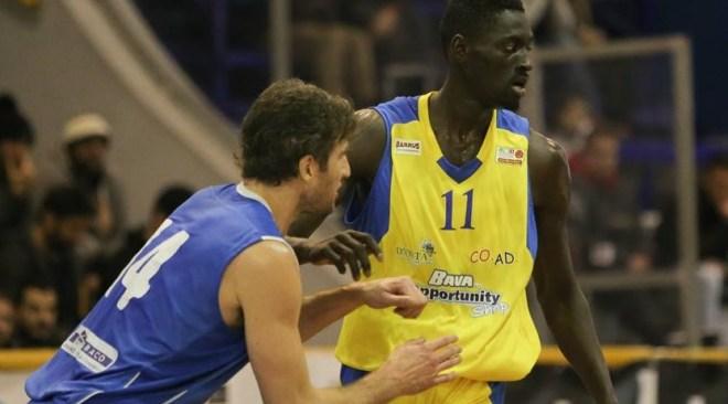 Basket| Virtus Pozzuoli: ingaggiato il play Rossi e ritorna il centro Iba Koite Thiam