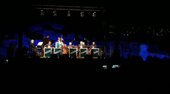 PJF, grande successo e tutto esaurito per i The Swingers Orchestra
