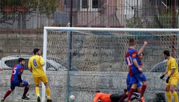 Rione Terra-Mons Prochyta finisce 1-1 il derby: apre Coppola risponde Ginestra!