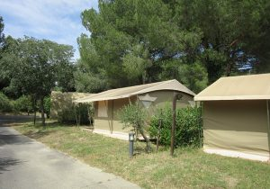 lodge-toile-location-pezenas3