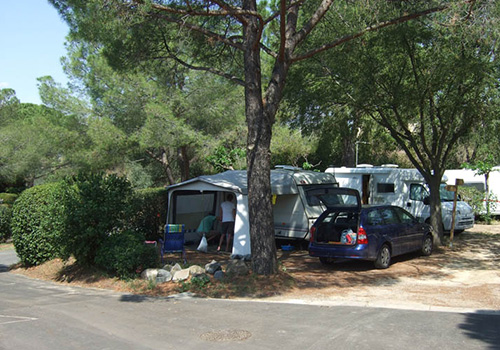 Emplacements camping Pézenas