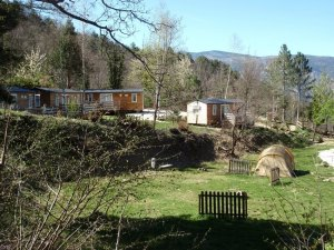 emplacement_camping_car_tente_caravane_mobil_home_camping_sud_france_canigou