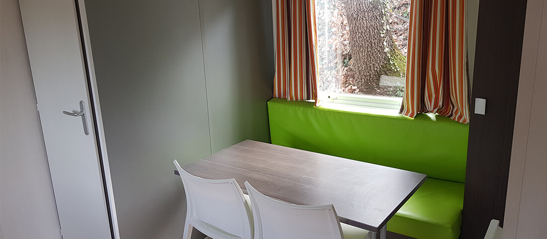 salle_a_manger-mobil_home_cocooning_5_places