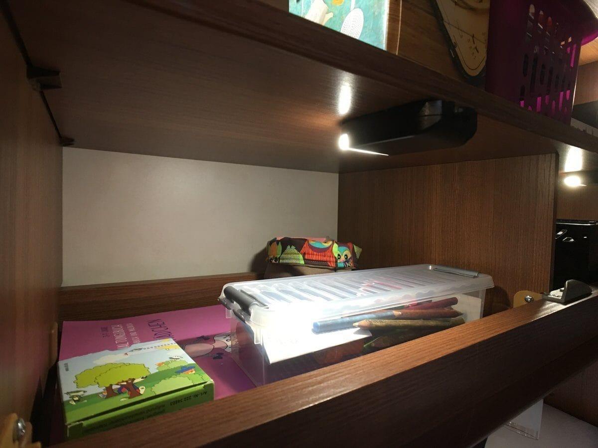 schrankbeleuchtung im wohnmobil nachr sten camping family. Black Bedroom Furniture Sets. Home Design Ideas
