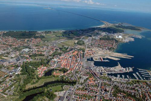En bobiltur til Nyborg og omeng er et besøk i Danmarks historie.