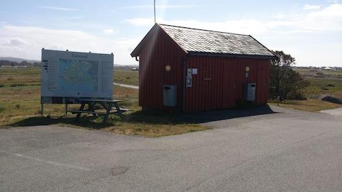 Toalett ved bobilparkering ved Lista Fyr