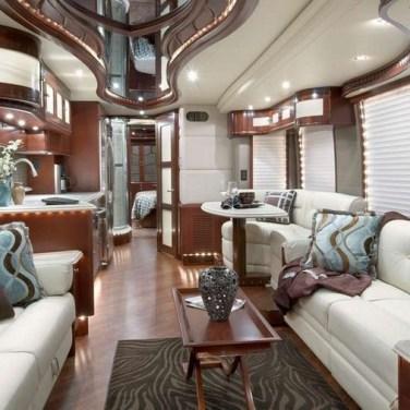 06-Millenium-Luxury-Coaches-les-plus-beaux-interieurs-camping-car