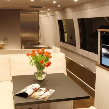 08-Volkner-mobile-performance-bus-les-plus-beaux-interieurs-camping-car