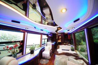 Plus_grand_camping_car_Chine_01