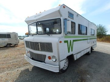 Winnebago_1974_indian