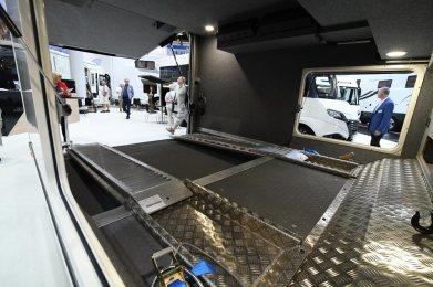 Le Voyageur Liner 924 QD Car