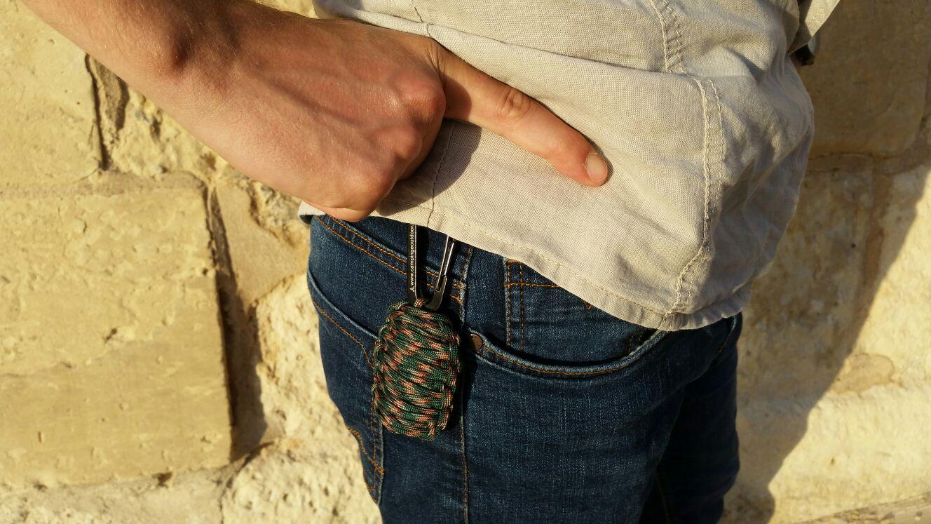 Kit di sopravvivenza Granata verde mimetico