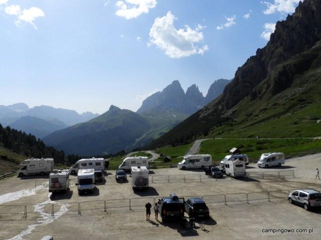 Passo Pordoi parking