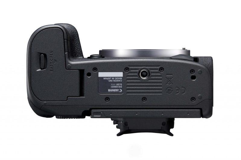 Canon R5 Bottom