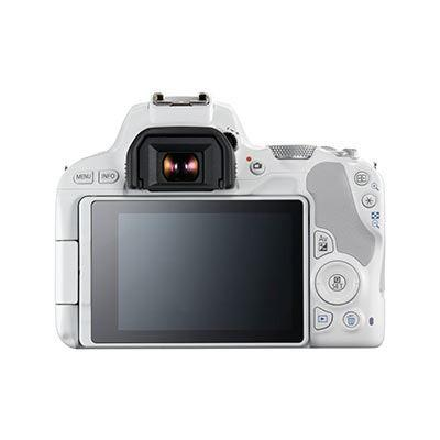 Canon EOS 200D with 18-55mm IS STM Lens - White