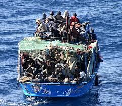 """Oltre 1200 immigrati individuati a sud di Lampedusa. Salvini: """"Li soccorrerei ma li terrei al largo"""""""