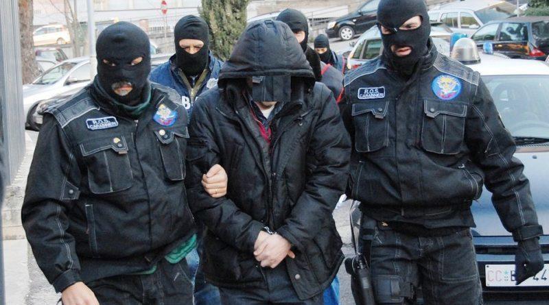 'Ndrangheta: arrestati 3 professionisti e un imprenditore calabrese, perquisizioni in corso