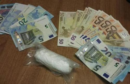 Mazara, trovati all'uscita dell'autostrada con 50 grammi di cocaina