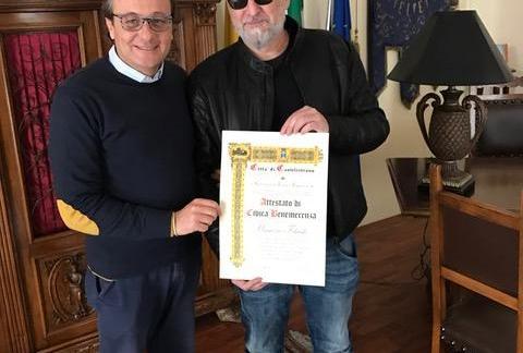 Castelvetrano, Consegnata a Maurizio Filardo la Civica Benemerenza