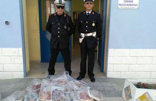 Mazara, la Polizia Municipale sequestra generi agroalimentari di incerta provenienza