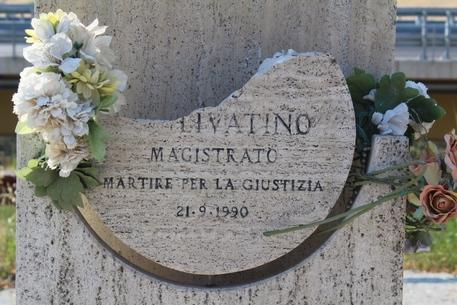 Mafia:danneggiata stele giudice Livatino